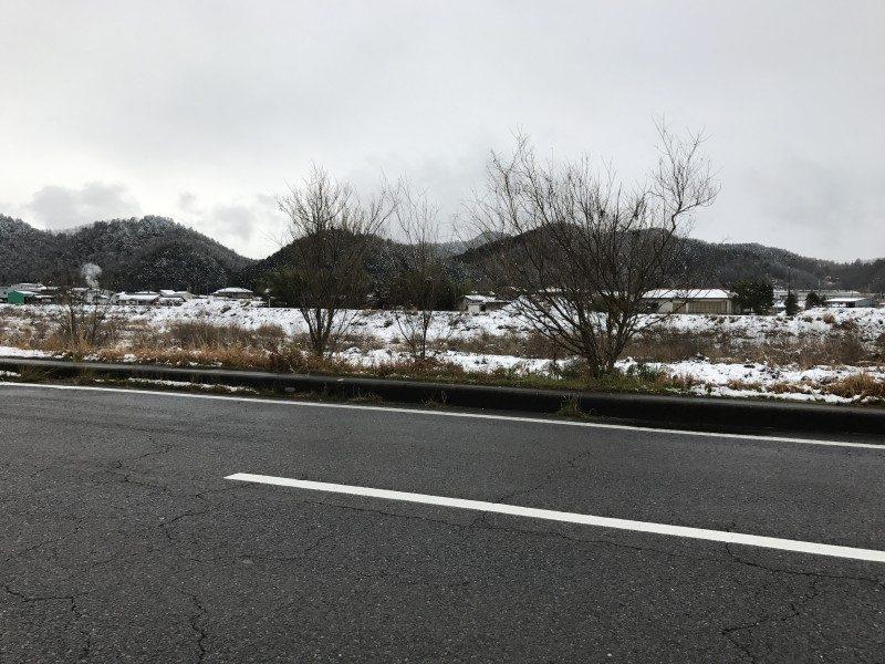 雪の中、京都と岐阜を往復する。