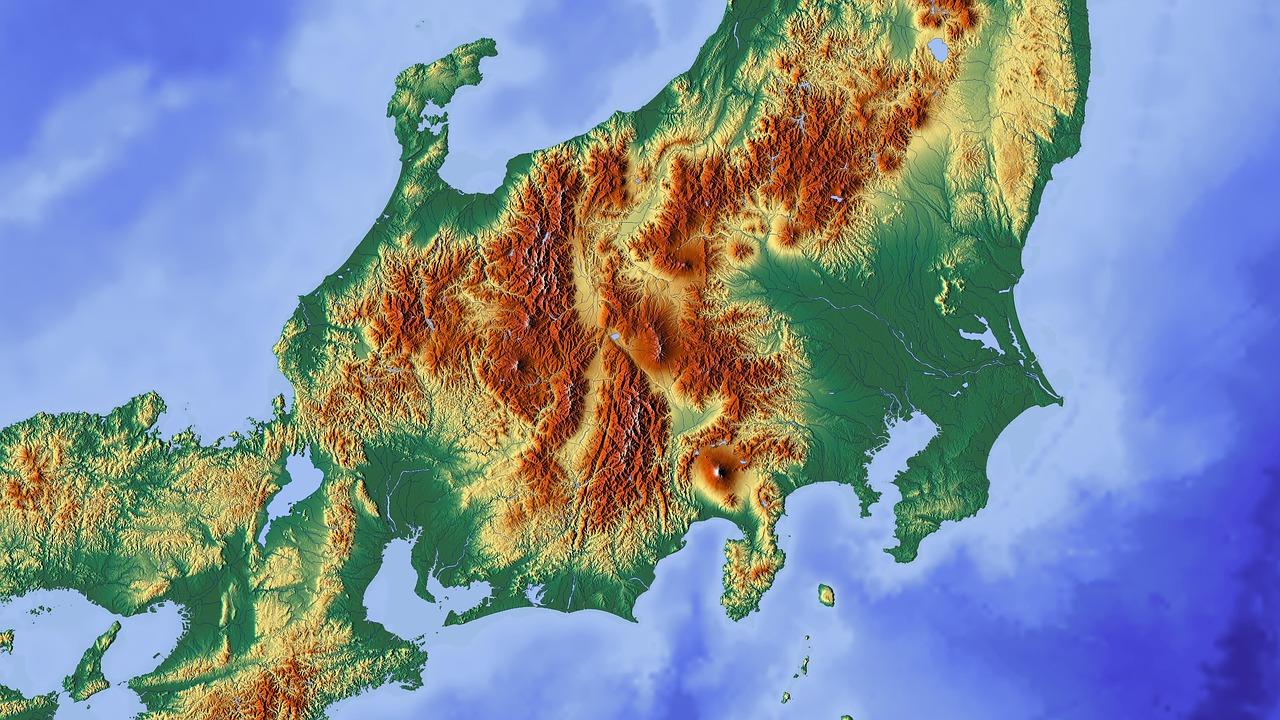 高山市は東京都よりも広い。
